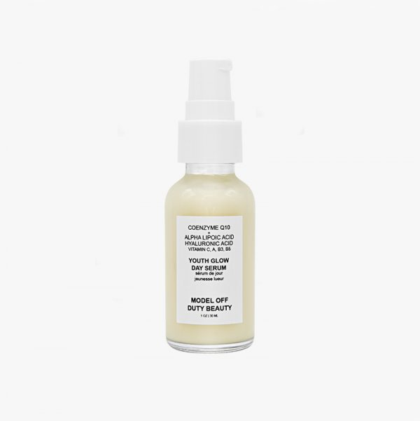 Model off Duty Beauty Youth Glow Day Serum